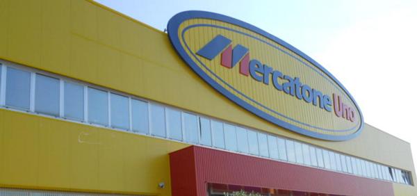 Mercatone uno riapre 18 negozi per due weekend bricocentri for Mercatone uno complementi d arredo