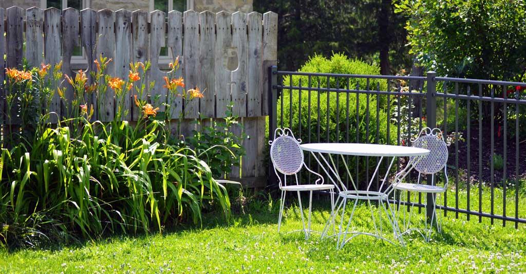 Arredi da giardino bricocentri for Arredi da giardino in legno